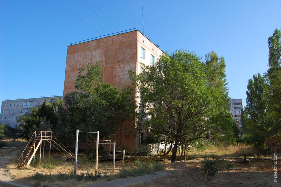 Щелкино, дом 22. Вид с южной стороны, от дома 19.