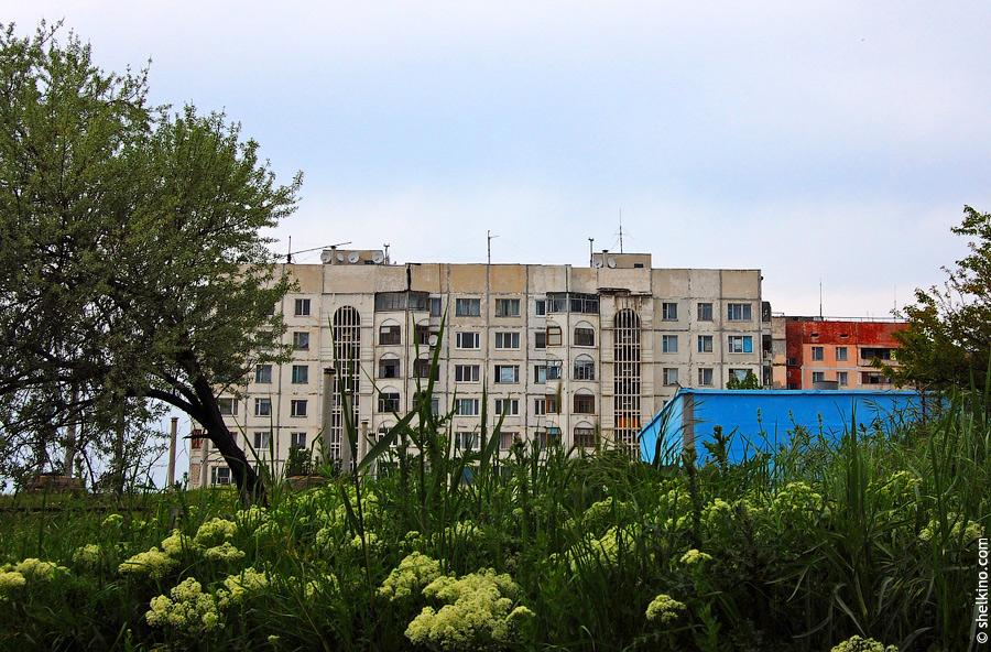 Щелкино, дом 85. Вид со стороны дома 92.